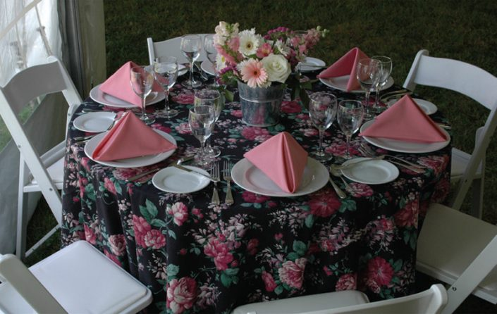 Pink place setting on wedding table